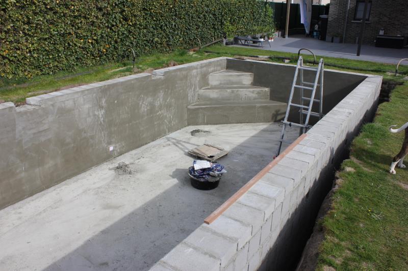 Zelf bouwkundig zwembad bouwen 15000eur zwembad forum for Bouw zelf je zwembad