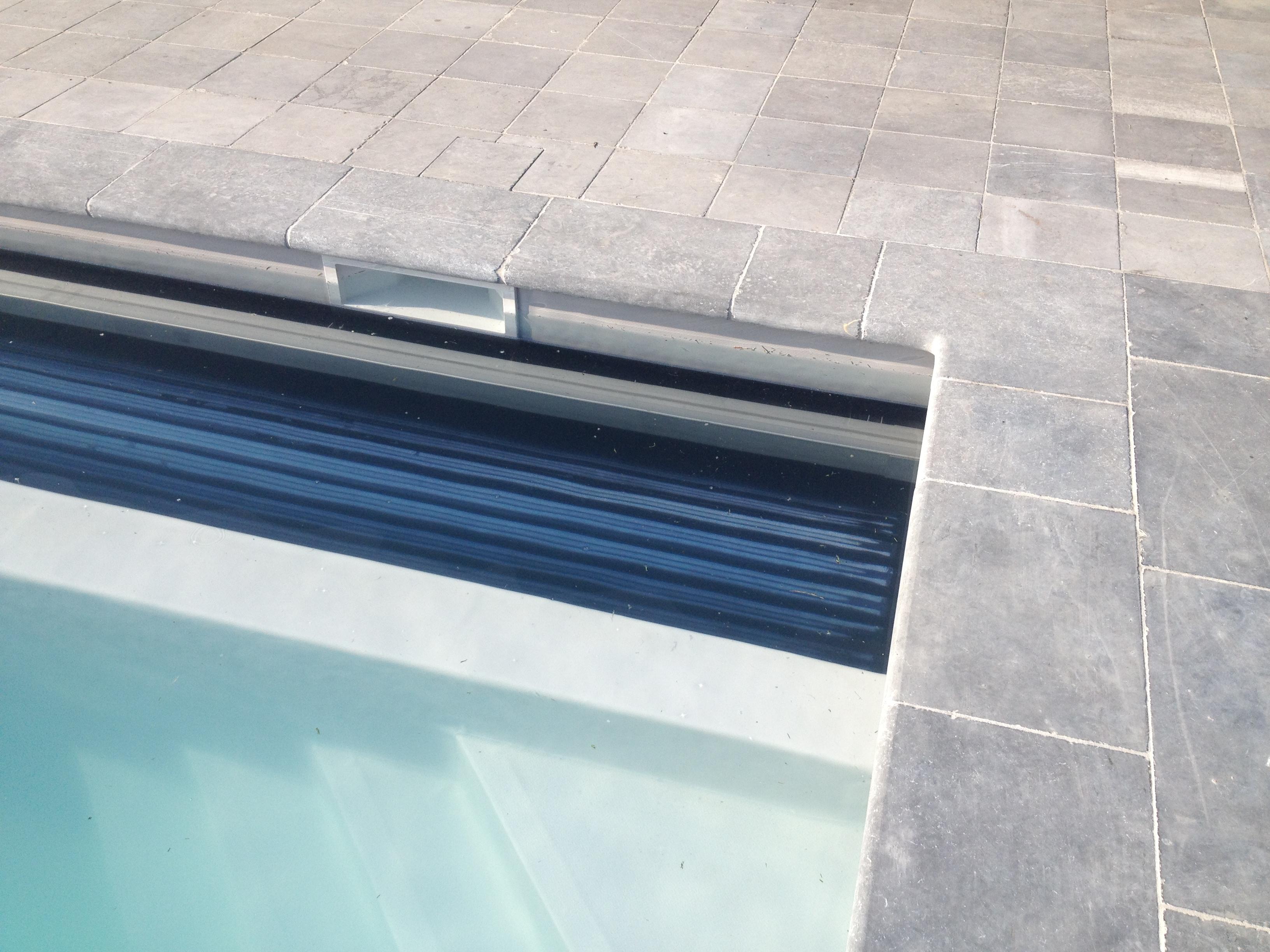 platen of tegels over rolluikbak gezocht   Zwembad Forum